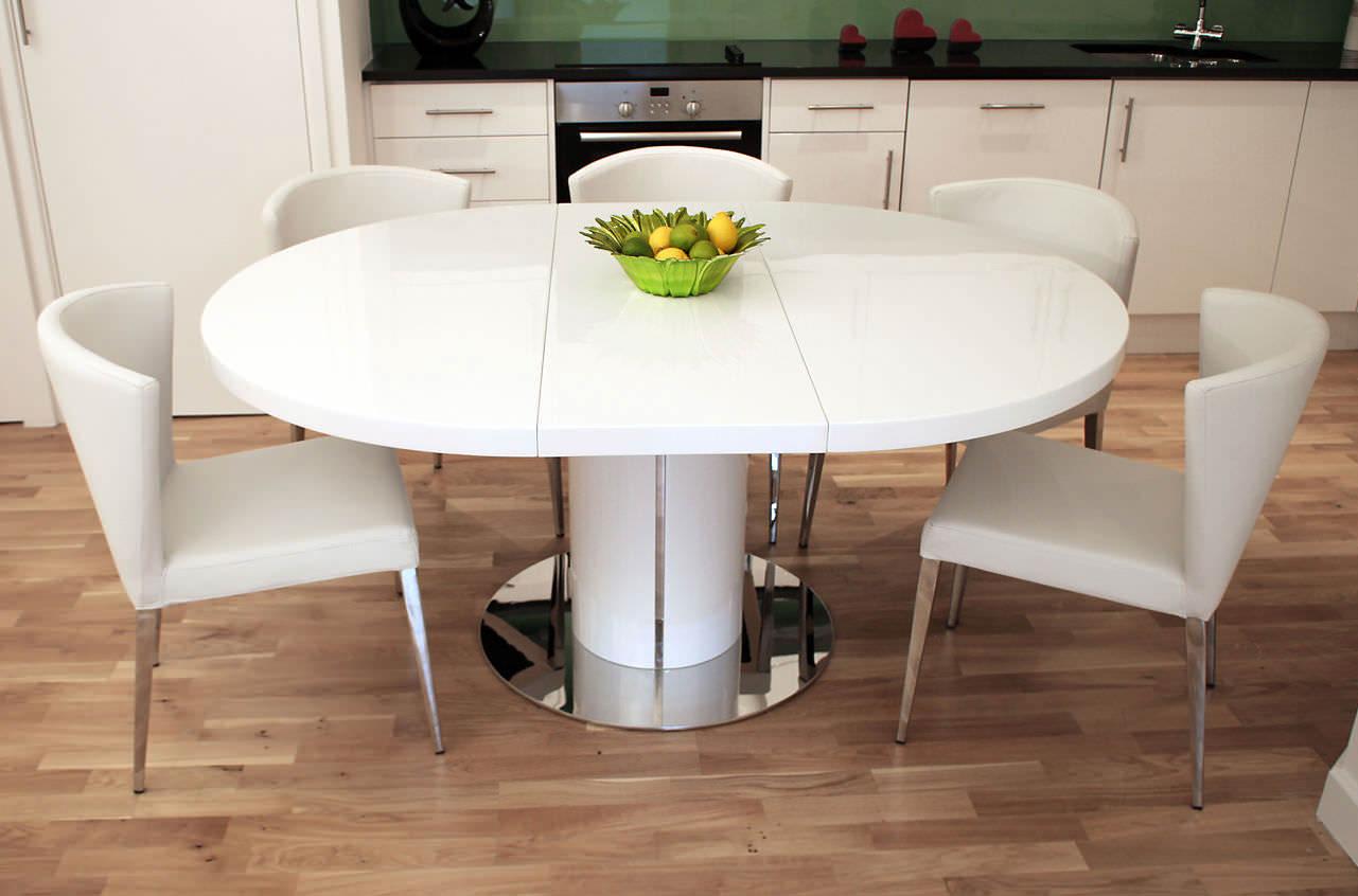 Как выбрать обеденный стол для кухни и гостиной - полезные советы