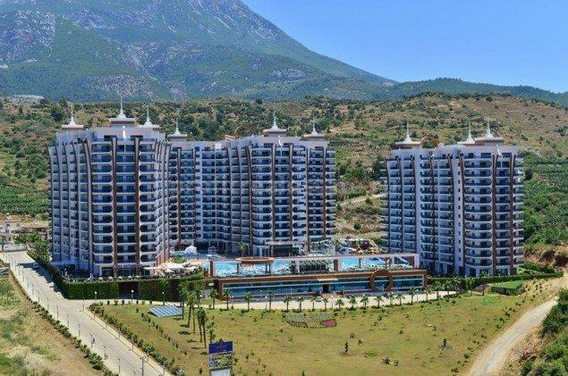 Двухкомнатные апартаменты, готовые к заселению, в жилом комплексе класса «люкс», Махмутлар, Аланья, 50 м2